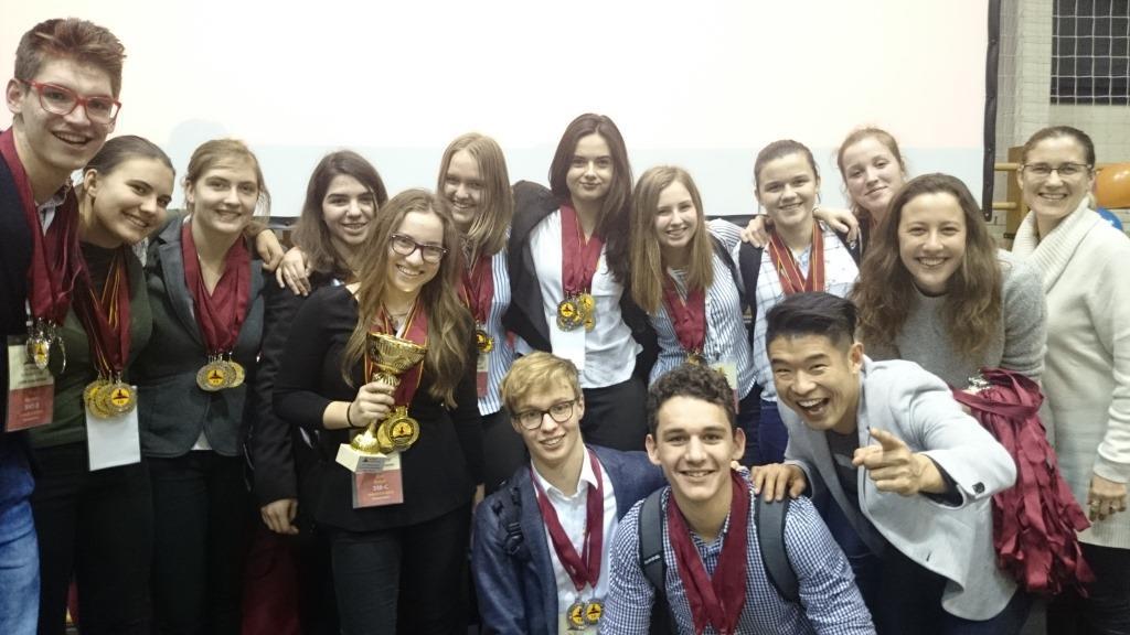 Brežiški gimnazijci ponovno odlični na tekmovanju iz angleškega jezika