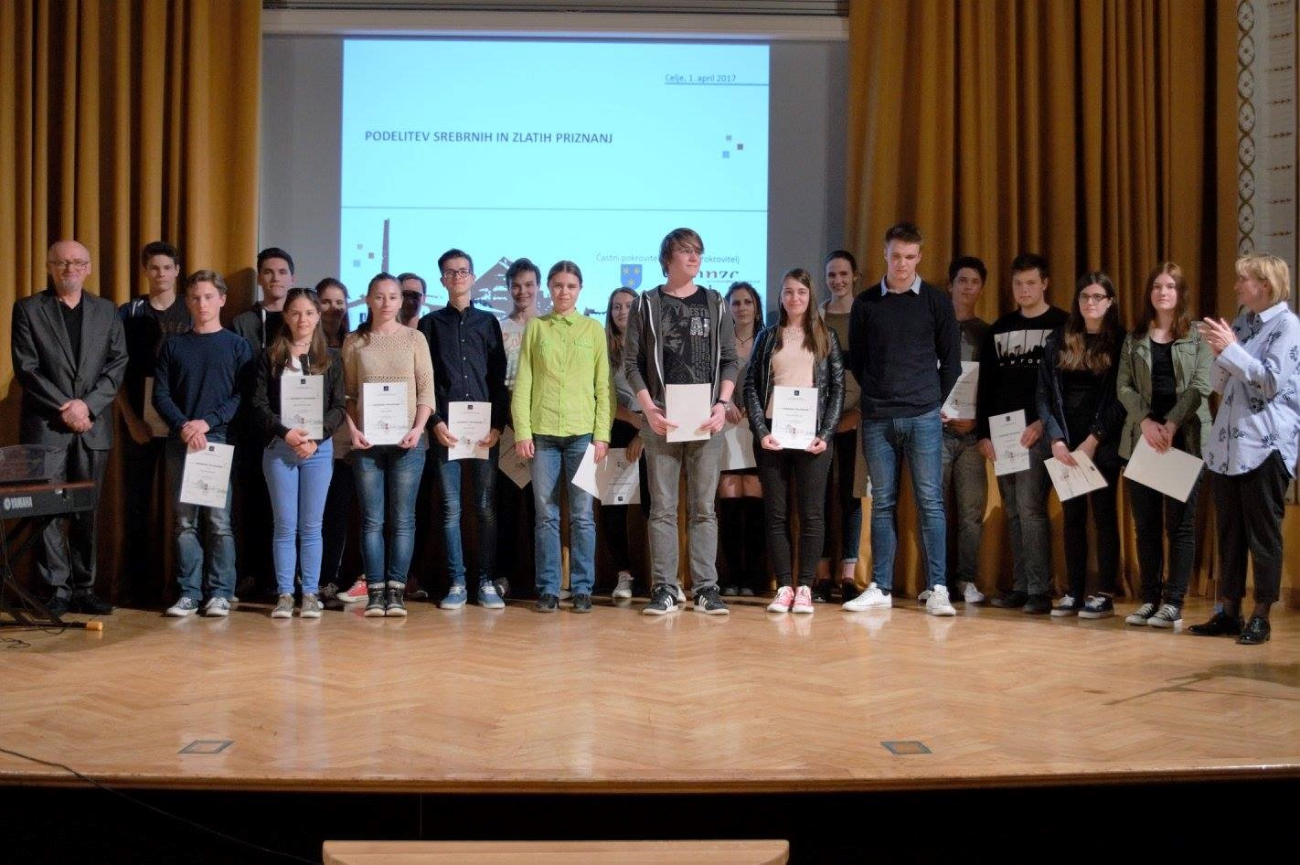 Brežiški gimnazijci med najboljšimi v Sloveniji na zgodovinskem državnem tekmovanju