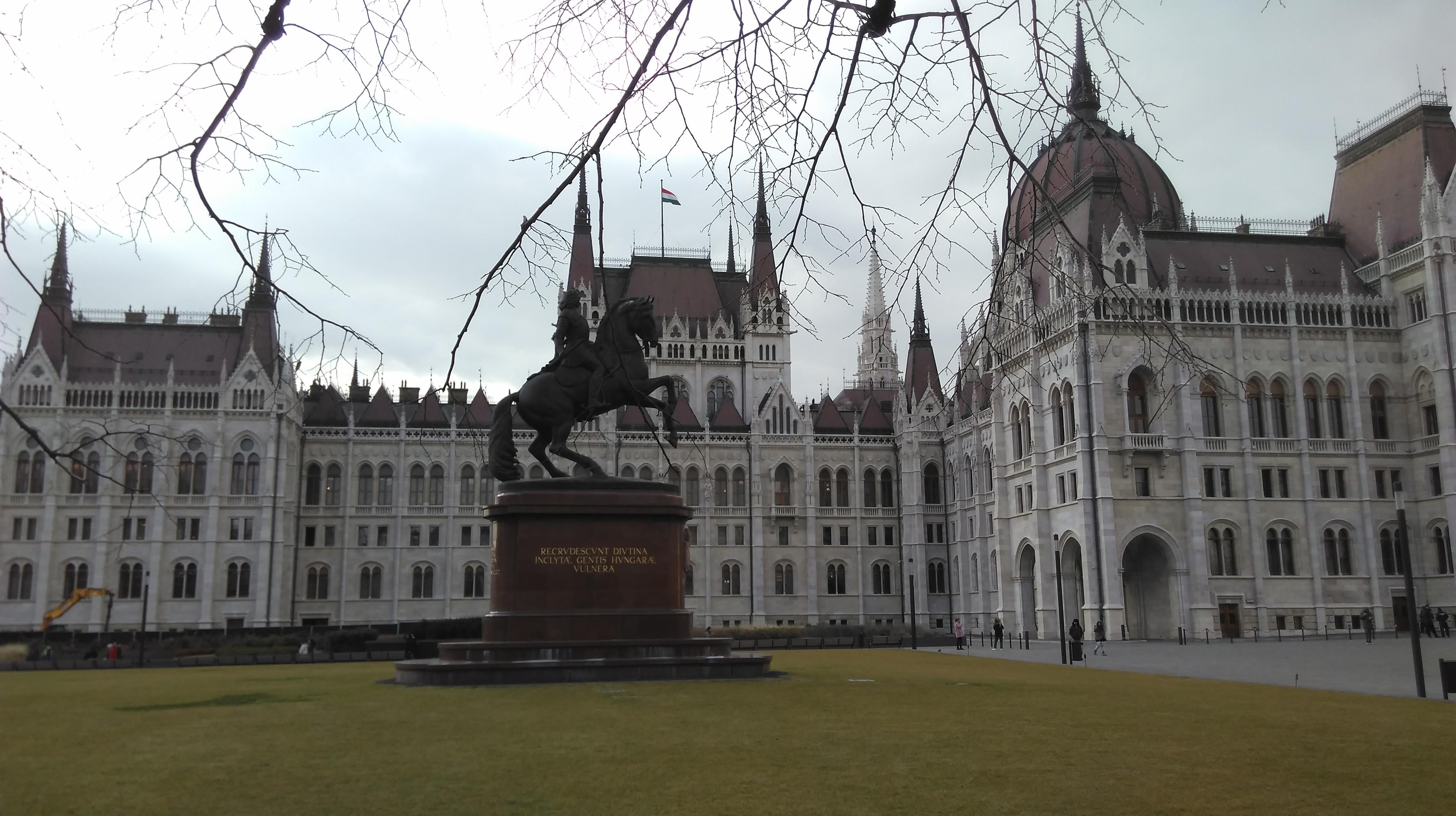 Brežiški gimnazijci mediatorji nabirali izkušnje na Madžarskem